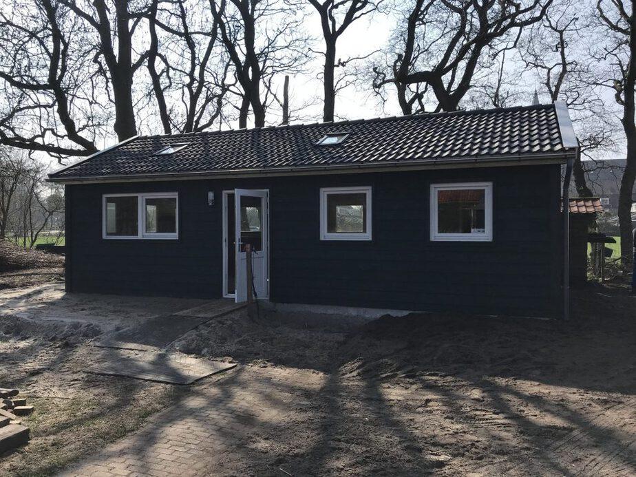 Droogtoilet voor zorgboerderij Zebrazorg.