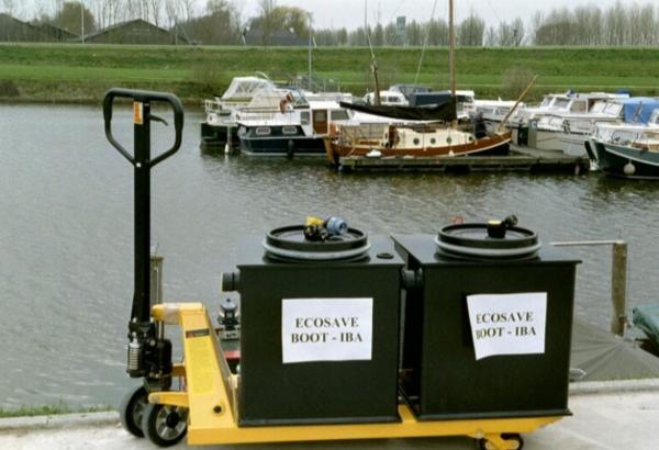 Alt. voor vuilwatertank, grijswaterzuivering, het vangt het water op en in 3 stappen zuivert het.